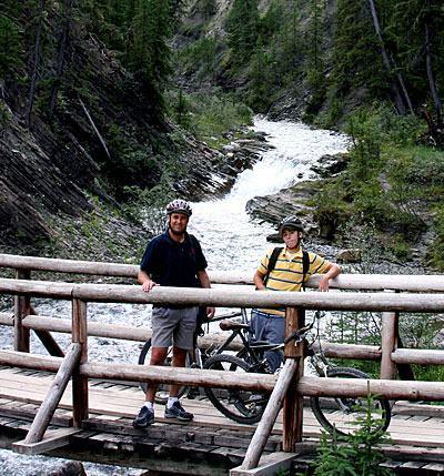 Rich and Taylor on Bridge